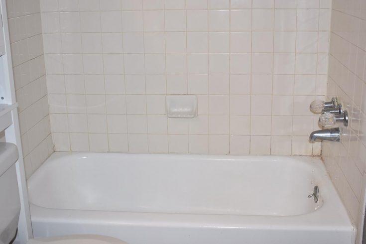 fiberglass bathtub refinishing cost